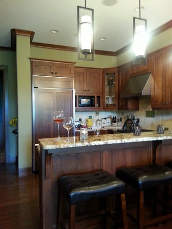 Tullymore Golf Club: Awesome Kitchen !!! :)