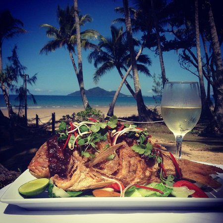 Castaways Resort & Spa Mission Beach: Whole Reef Fish with Asian Greens