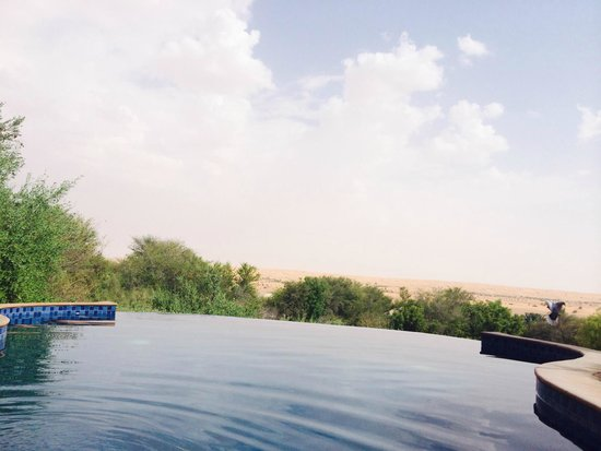 Al Maha, A Luxury Collection Desert Resort & Spa : Our pool