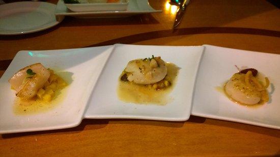 Seastar Restaurant & Raw Bar: Seared Scallop