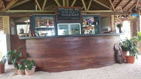 15 degrees South Beach Bar Velit Bay : Beach Bar