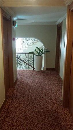 Best Western Citadel Hotel: Corridor
