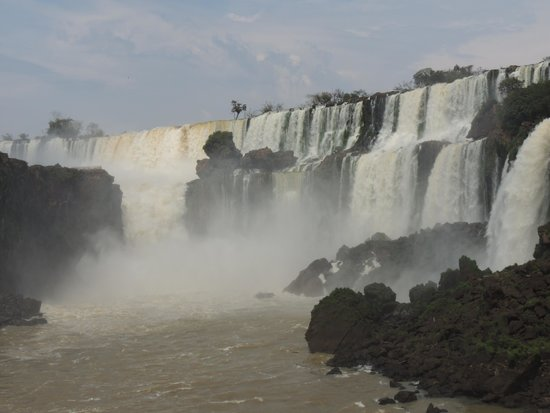 Gray Line Argentina: View of Falls from Brazil Side