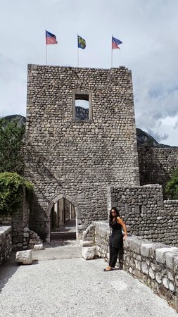 Venzone, إيطاليا: Porta di San Genesio sulle mura di Venzone