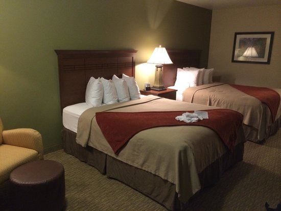 Best Western Town & Country Inn: Chambre pour 3 personnes.
