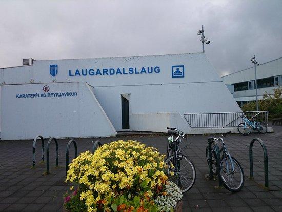 Zwembad/Hot Tubs Laugardalslaug, Reykjavik, IJsland
