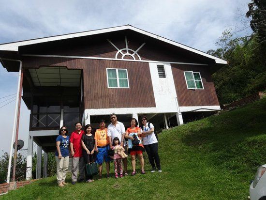 Strawberry Garden Hotel  Kampung: 2 Night Stay At Strawberry Garden Hotel (Bungalow), Kundasang