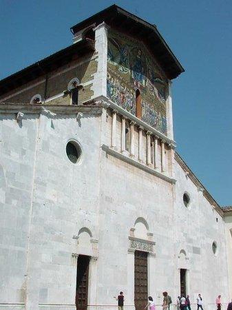 Basilica of San Frediano : Basilica di S. Frediano Lucca