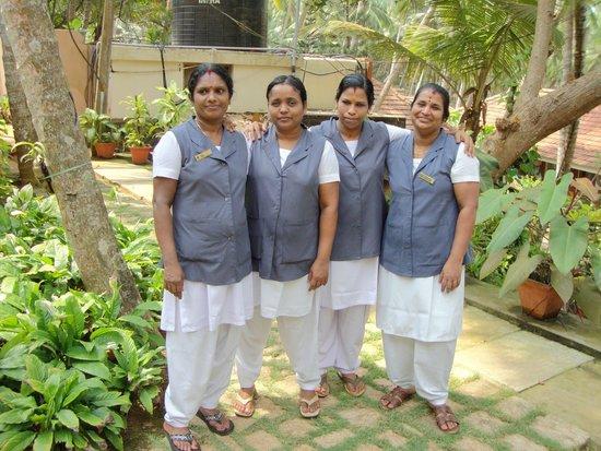 Coconut Bay Beach Resort: Massage Team