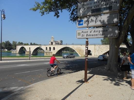 Rocher des Doms : le pont