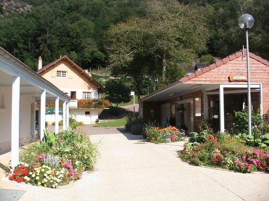 Camping sous Roche d'Avallon