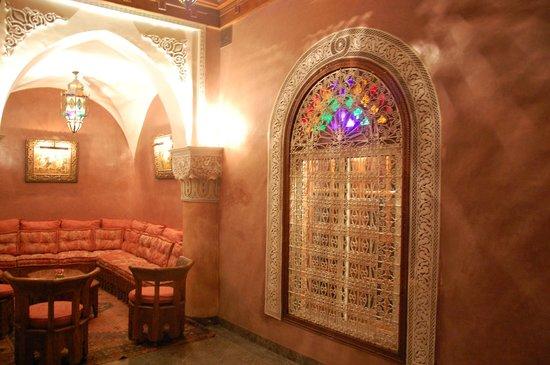 La Sultana Marrakech: Entrada Habitacion