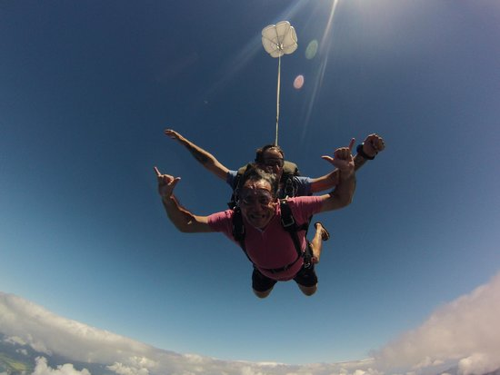 Pacific Skydiving Center: el salto
