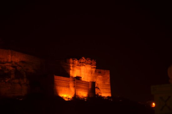 Hotel Haveli Jodhpur : fort view from roof top resturant