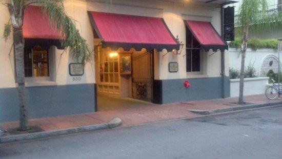 Prince Conti Hotel: Prince Conti Front Entrance