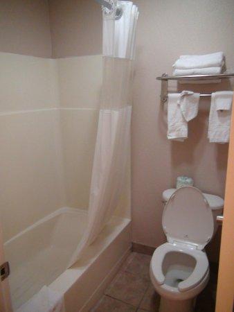 Hotel Stratford: в ванной