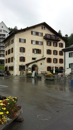 """Hotel Privata: Hotel from tiny Sils Maria """"center"""""""