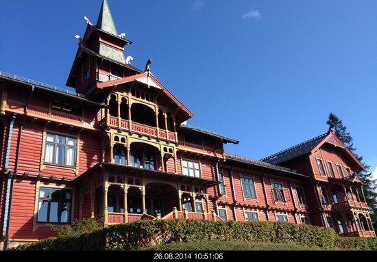 Scandic Holmenkollen Park: Blick auf das Hauptgebäude