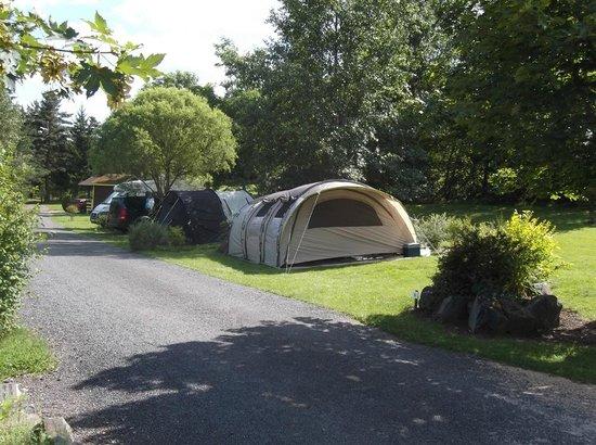 Camping La Rochelambert : Camping pitches