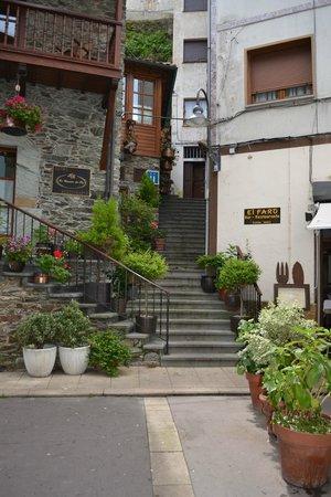 La Casona del Pio: Steps to hotel reception