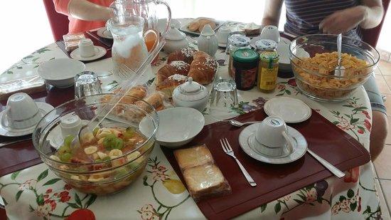 B&B Napoli Porta di Mare: La nostra colazione!