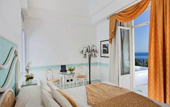 Luxury Villa Excelsior Parco: Deluxe room