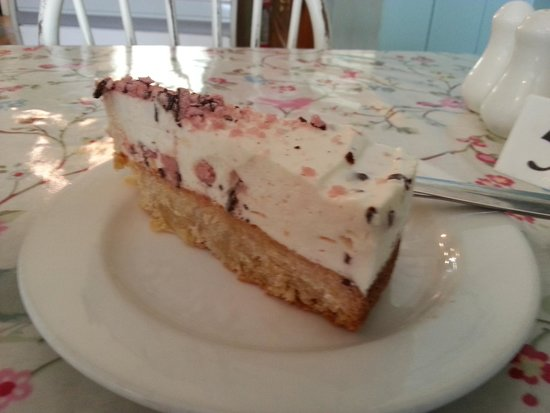 Primrose Cafe : Raspberry and coconut cheesecake from memory!