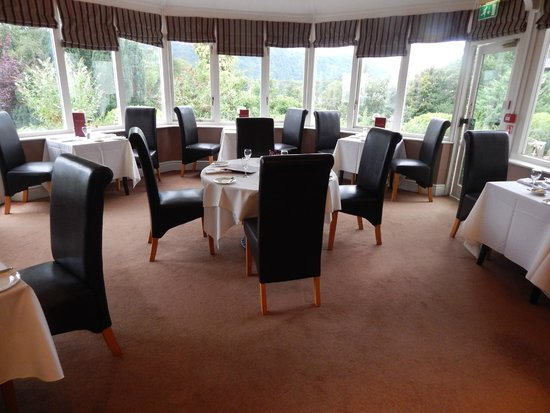 BEST WESTERN Burnside Hotel: Casual Dining - but they also have formal Dining
