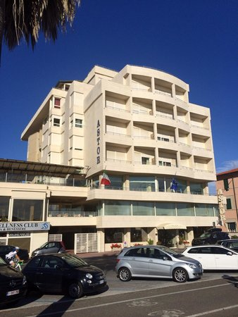 Sina Astor : Hotel Astor Viareggio July 2014 on my return 2nd visit