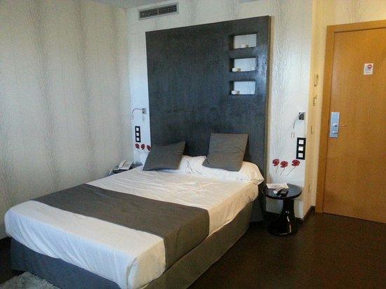 Hotel De Martin: Habitacion