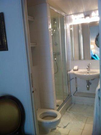 Hotel Louis 2: salle de bain