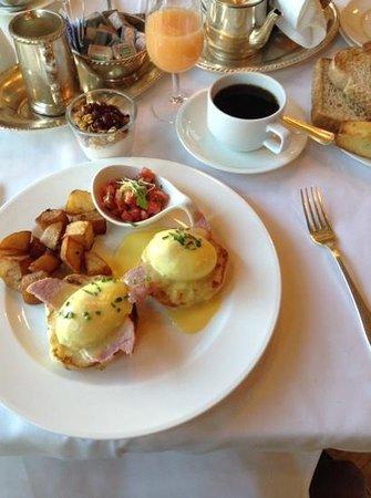 Hôtel de l'ITHQ : Café da manhã