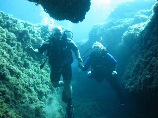 Bluewater Scuba : Grand Canyon Dive site, Cala Blanca
