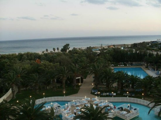 Hotel Manar: Eveing View from Balcony