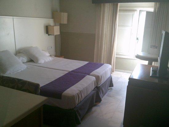 Atarazanas Malaga Boutique Hotel : Room 406 Twin Room