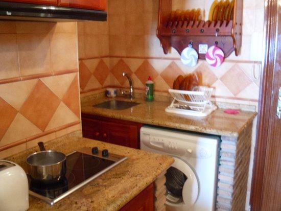 Apartamentos Roca Chica: Kitchen
