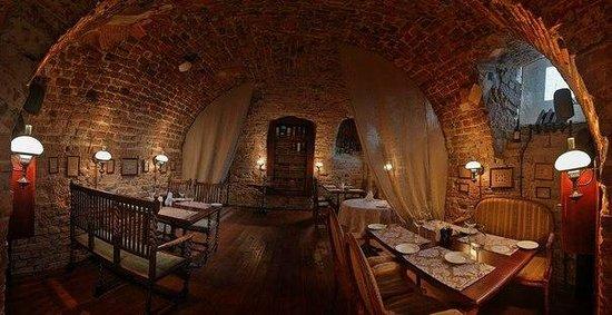 Pochta Restaurant