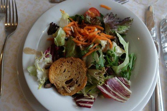 Gastronomie Vierwaldstattersee : Bunt gemischte Blattsalate