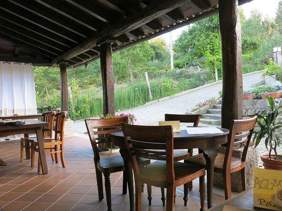 Fuentes terraza fuentes para el jardn ideas para decorar - Decorar bodega chalet ...
