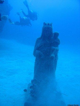 Centro de Buceo Aqua-Marina: Virgin del Carmen statue at Palm Mar Cave dive site