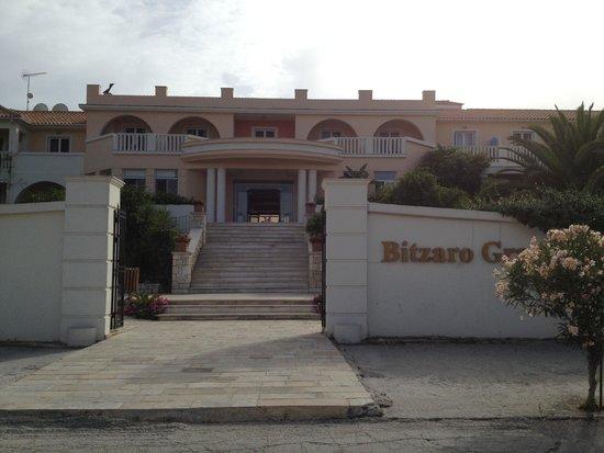Bitzaro Grande Hotel: Entrance