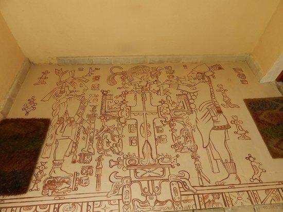 Casa Del Maya: Kukulkan/Ixchel vestibule
