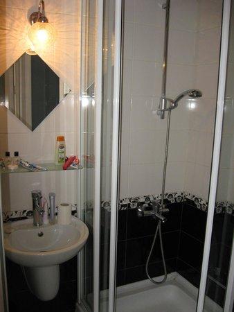 The Pera Hotel: ванная