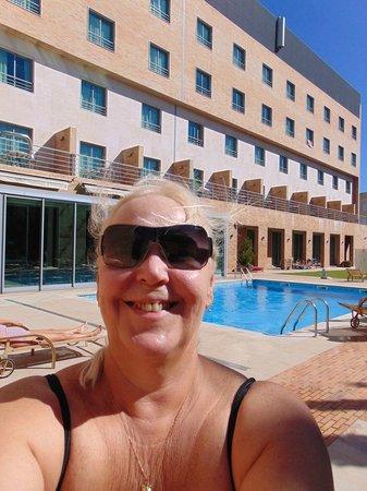 Hotel Real Oeiras : Boa piscina