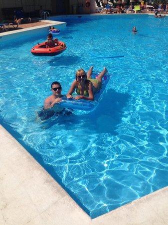 Sol Tenerife: enjoying the pool