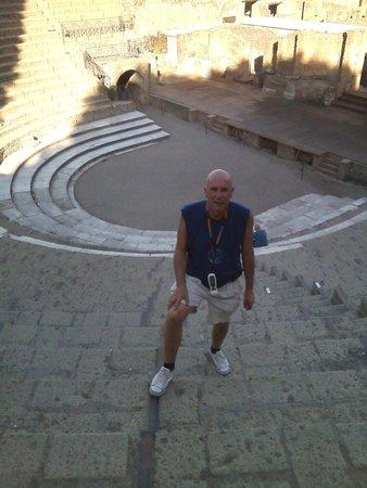 B&B Elena: Teatro pompeya