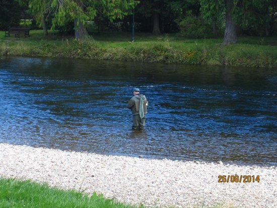 Premier Inn Inverness Centre (River Ness) Hotel: Fly Fishing on the River Ness
