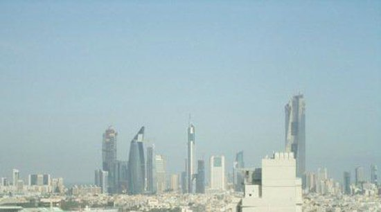 Hawthorn Hotel & Suites Hawally Kuwait : city Wiew from the restorant