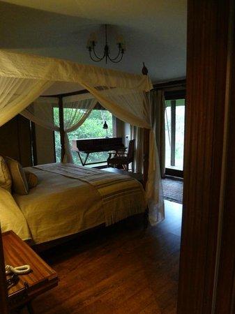 Lake Elmenteita Serena Camp: Tent 14 Bedroom