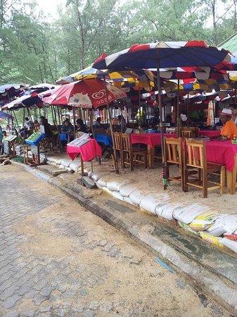 Nai Harn, Thailand: Traurig